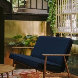 366-Concept-Fox-2-Seater-sofas (6)