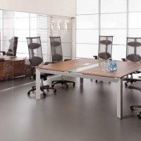 stoły-konferencyjne-furniko-triango-katowice-kraków-stół-konferencyjny-kwadratowy