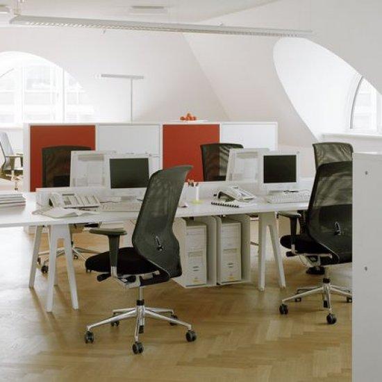 meble-biurowe-pracownicze-kolekcja-joyn.8
