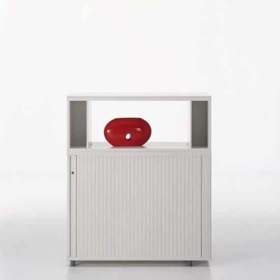 meble-biurowe-pracownicze-szafy-i-regały-vitra-storage-szafka-niska-z-drzwiami-żaluzjowymi