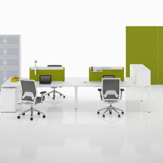 meble-biurowe-pracownicze-szafy-i-regały-vitra-storage-szafy-z-drzwiczkami