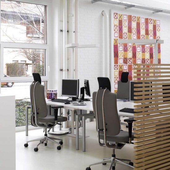 fotel-gabinetowy-krzeslo-biurowe-obrotowe-vitra-headline-katowice-kraków-3