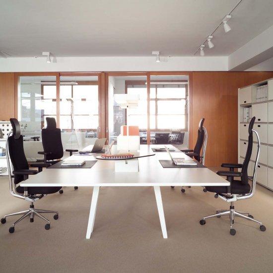 fotel-gabinetowy-krzeslo-biurowe-obrotowe-vitra-headline-katowice-kraków-5