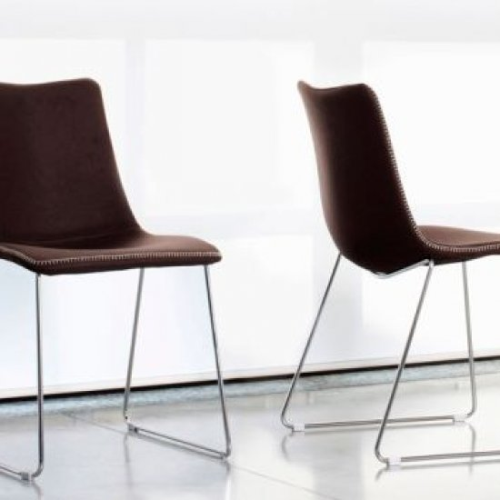 scab-design-krzesla-dostawne-i-konferencyjne-scab-design-zebra-pop-na-plozach.1