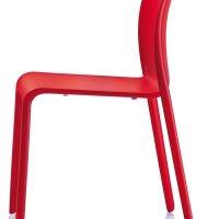 Krzesła-dostawne-magis-chair-first