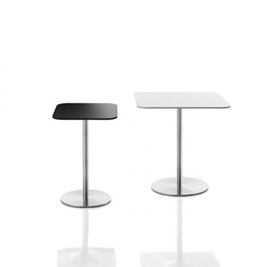 stoły-biurowe-magis-passe-partout.1