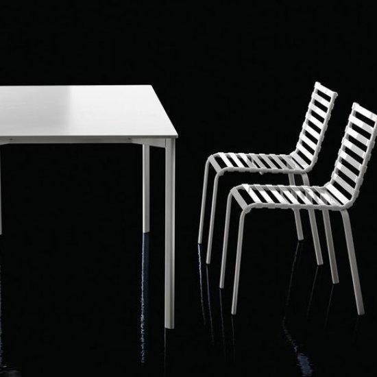 stoły-biurowe-magis-stripped-tavolo