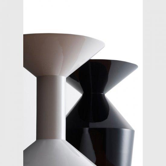 shape-stolik-kawowy-stolik-okolicznosciowy-viccarbe.2