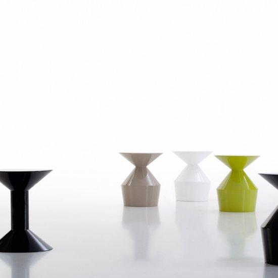 shape-stolik-kawowy-stolik-okolicznosciowy-viccarbe