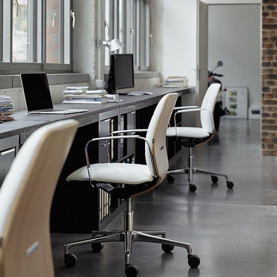 Conwork-fotel-biurowy-obrotowy-Kloeber (2)