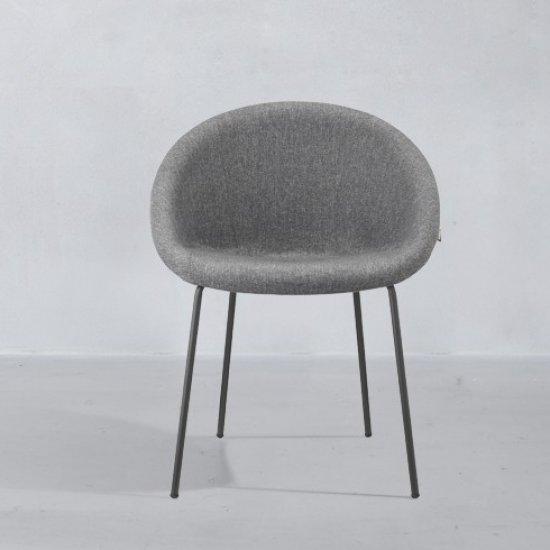 Giulia_pop-Scab-design-krzeslo-tapicerowane (1)