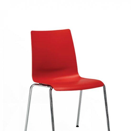 Snike-krzeslo-do-kawiarni-i-strefy-socjalnej-inteerstuhl (4)