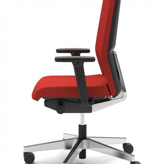Yoster-fotel-menadzerski-z-zaglowkiem-interstuhl-fotele-obrotowe (2)