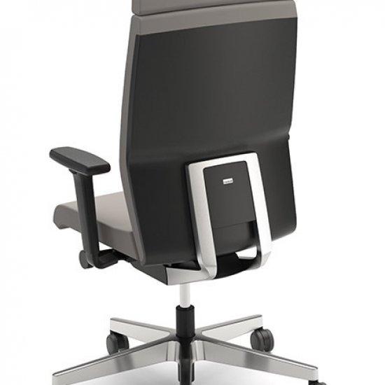 Yoster-fotel-menadzerski-z-zaglowkiem-interstuhl-fotele-obrotowe (3)