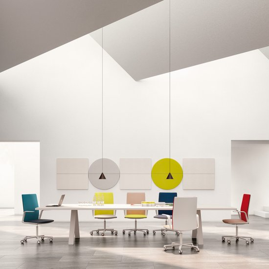 Cross-stoly-konferencyjne-biurka-Arper (3)