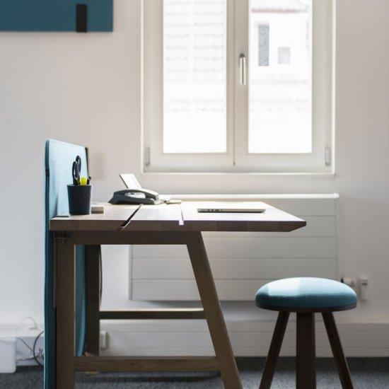 Buzzi_Desk-panel-akustyczny-na-biurko