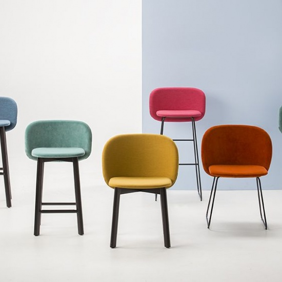 Chip_hoker_Chairs_and_more (3)