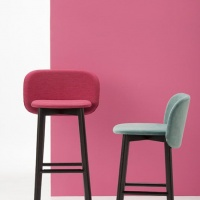 Chairs_and_more_chip_hoker (3)