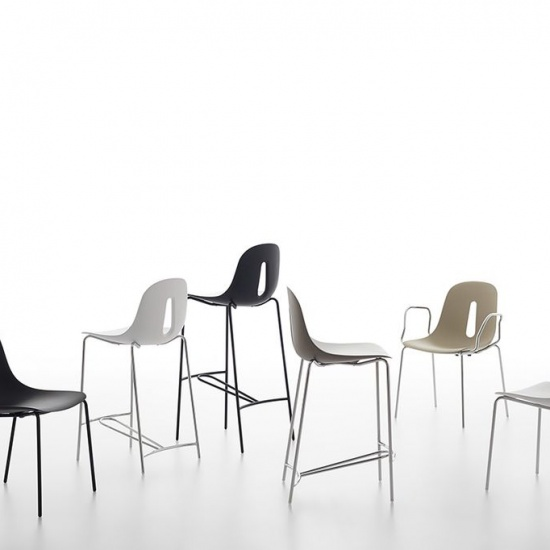 Chairs_and_more_gotham_hoker (3)