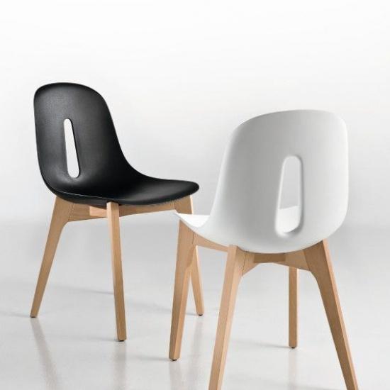 Krzeslo_Gotham_na_drewnianej_bazie (3)