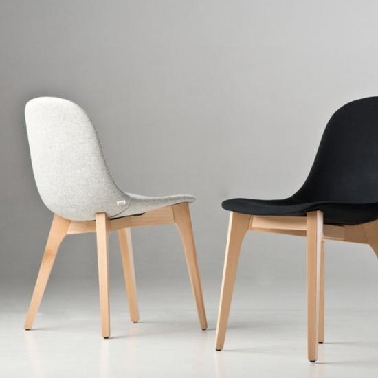 Krzeslo_Gotham_na_drewnianej_bazie (2)