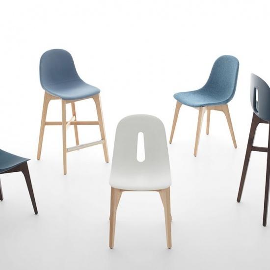 Krzeslo_Gotham_na_drewnianej_bazie (5)