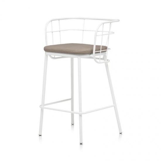 JUJUBE_chairs_and_more_hoker (7)