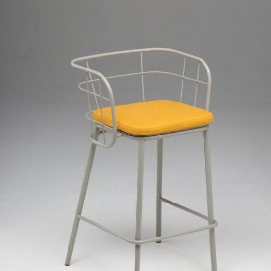 JUJUBE_chairs_and_more_hoker (3)