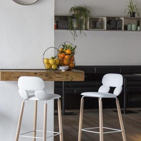 Chairs_and_more_hoker_na_bazie_drewnianej_NUBE (1)