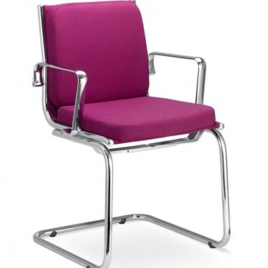 Fly_krzesla_konferencyjne_obrotowe_krzesla_konferencyjne_dostawne_LD_seating (2)