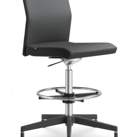 WEB_Omega_fotele_obrotowe_LD_Seating (7)