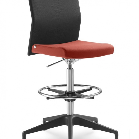 WEB_Omega_fotele_obrotowe_LD_Seating (8)