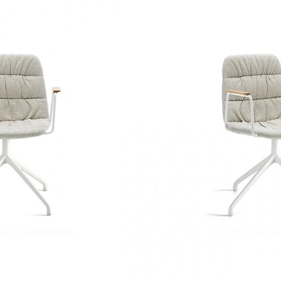 Viccarbe-Maarten-soft-chair_krzesla (2)