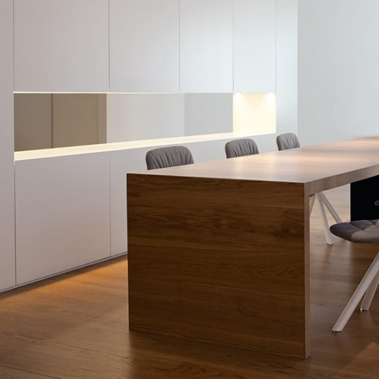 Viccarbe-Maarten-soft-chair_krzesla (3)