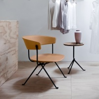 Magis_officina_lowchair_ambient_multi_SD2203_grey_natural_leather_cut_01
