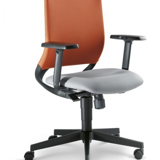 Theo_fotel_obrotowy_LD_Seating (3)