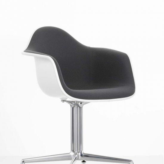 krzesło-biurowe-vitra-eames-plastic-armchair-dal-katowice-kraków-czerne-2