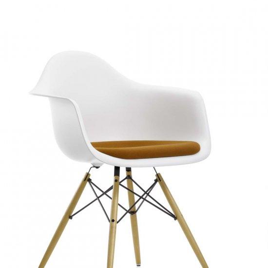 krzeslo-dostawne-krzesla-konferencyjne-eames-plastic-vitra-4