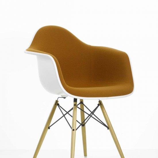 krzeslo-dostawne-krzesla-konferencyjne-eames-plastic-vitra-6
