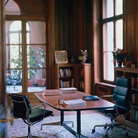 meble_biurowe_konferencyjne_vitra_eames_tables_08_889_l